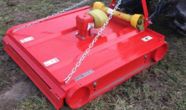 Conseils sur le choix de votre outil de tonte pour votre micro tracteur